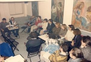Francesc Collado, anys vuitanta, recitant en una de les vetllades dels dimarts literaris de l'Arana.