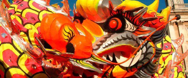 Serp a la rua de carnaval del Fort Pienc. Foto: Kedin.