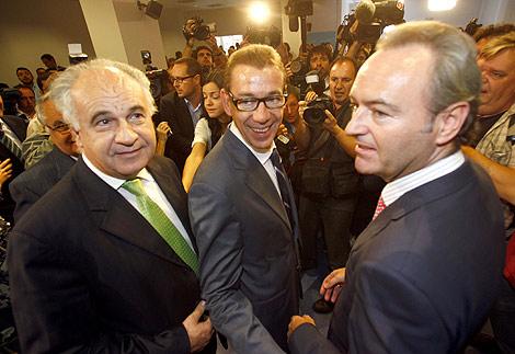 Rafael Blasco amb el dirigent popular Antoni Clemente i el president Alberto Fabra. Foto: Vicent Bosch