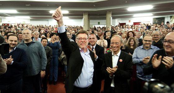 Puig en un acte de campanya de primàries. Foto: José Jordan/El País