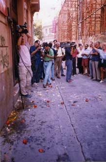 Els blavers del GAV ataquen els membres del CVC després de tancar el dictamen sobre el valencià.