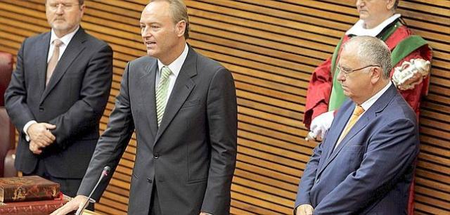 Alberto Fabra pren possessió de la presidència de la Generalitat Valenciana.