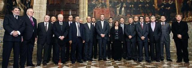 Fabra en l'acte de presa de possessió com a president de l'AVL de Ramón Ferrer. Foto, EFE.