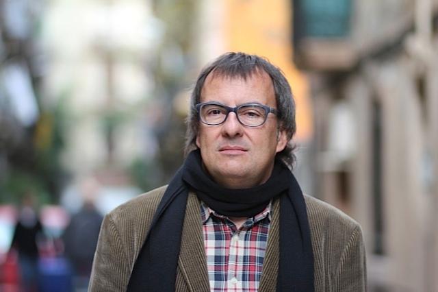 L'escriptor i periodista Rafael Vallbona. Foto: Anna Portnoy.