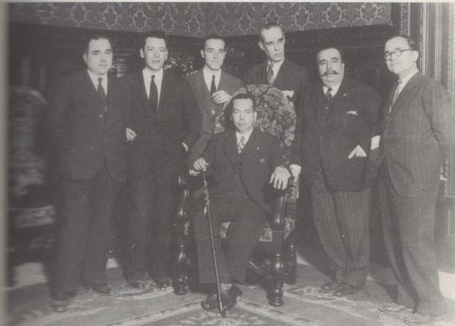 Vicent Marco Miranda, assegut, primer alcalde de la València republicana.