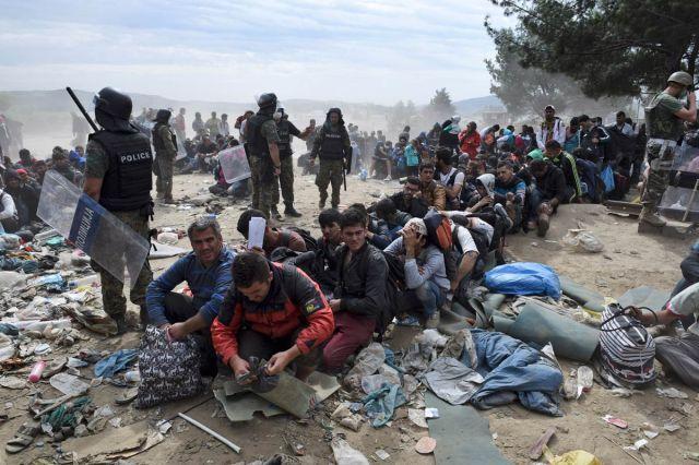 Refugiats a Idomani, Grècia. 7 de setembre de 2015. Foto, AP, Janis Papanikos.
