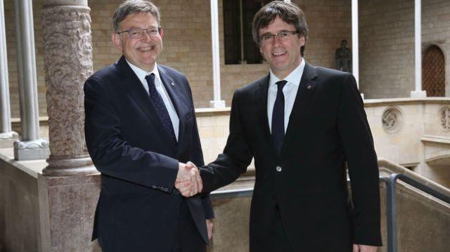 Trobada a Barcelona dels presidents Ximo Puig i Carles Puigdemont el passat 18 de maig.