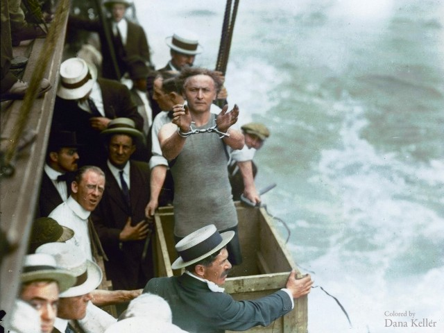 Harry Houdini, 15 de juliol de 1912, Battery Park, Nova York.