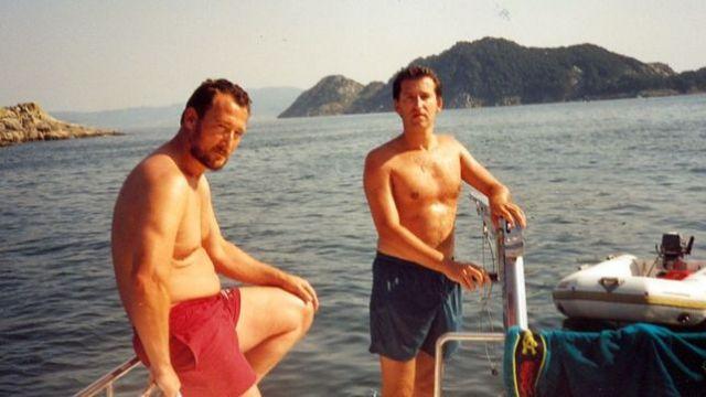 Núñez Feijóo navegant amb Marcial Dorado. Foto/El País